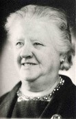 Antje Kroes 1889 - 1977